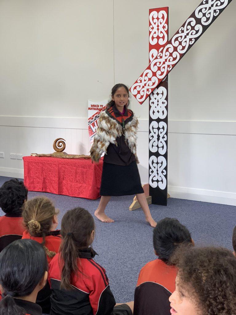 E whakareri ana a Khloe Reti mō tana tū. Kātahi te tū māia!!